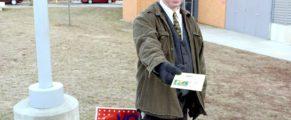 "Christopher Arnott says, ""Vote!"""