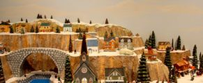 Joyeüx Noël: Christmas in Canada